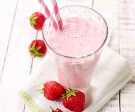 Erdbeer-Mandel-Proteinshake