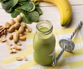 Smoothie de espinacas, plátano y cacahuete