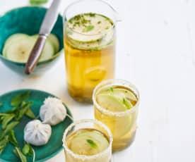 Mocktail de chá verde, maçã e hortelã