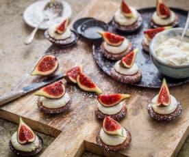 Moelleux aux figues, crème mascarpone au Grand Marnier®