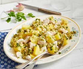 Poulet aux olives et au citron, courgettes crues et pommes de terre