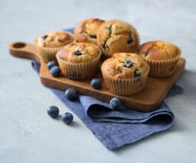 Almond and blueberry breakfast muffins