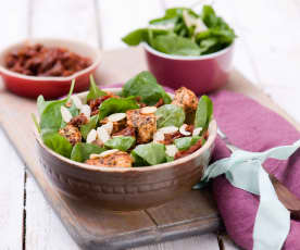 Špenátový salát se sušenými rajčaty