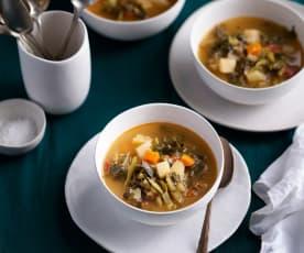 Sopa de grelos à portuguesa