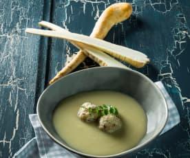 Pastinaken-Sesam-Suppe mit Couscousknöderln