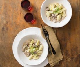 Semolina dumplings with mushroom sauce