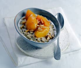 Porridge mit gedämpftem Pfirsich