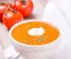 Glütensiz Beşamelli Sütlü Domates Çorbası
