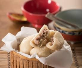 Panes al vapor rellenos de cerdo (Baozi)
