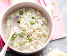Baby-friendly Creamy Chicken, Pea and Mushroom Risotto