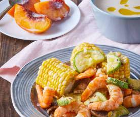 Crema de papa y poro, camarones con verduras y duraznos al vapor