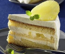 Holunder-Jogurt-Torte