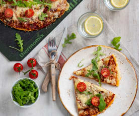 Pizza bezglutenowa z szynką parmeńską i rukolą