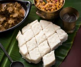 Kokosowe pittu (danie z mąki ryżowej i kokosa)