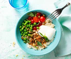 Ensalada de arroz con aliño de pesto rojo