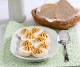 Faszerowane jajka z mieloną papryką