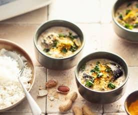 Bakłażan w kokosowo-orzeszkowym sosie z ryżem (z osłoną noża miksującego)