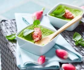 Crème aux fanes de radis et lard fumé