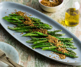 Steamed asparagus with caper crumbs