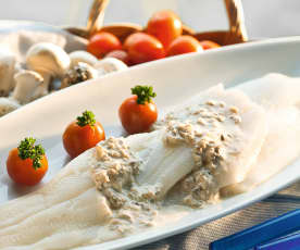 Pescado con salsa de champiñones