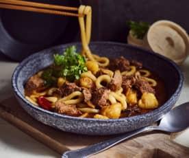 Rindfleischtopf mit Kartoffeln und Nudeln (马铃薯炖牛肉)