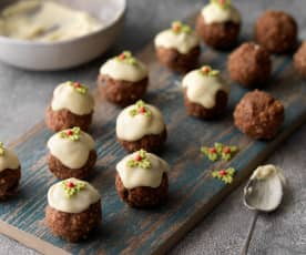 Christmas Pudding Tiffin Balls