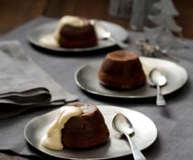Steamed chocolate and prune puddings