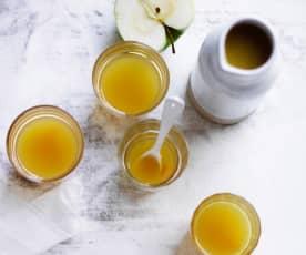 Hot turmeric apple cider