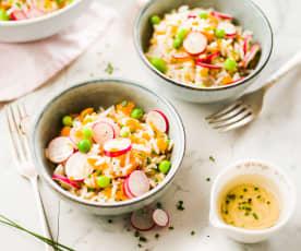Salade de riz, petits pois et radis