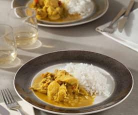 Curry picante de pollo al ron con arroz basmati
