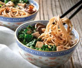 Zuppa di miso con soba