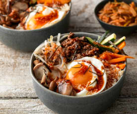 Bibimbap (Rindfleisch-Reis-Bowl)