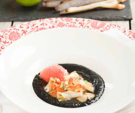 Ceviche de navajas con vichyssoise negra