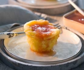 Mini cheesecakes de queso de tetilla con coulís de membrillo