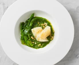 Baccalà su crema di cime di rapa piccanti e olio all'aglio (di Marisa Maffeo)
