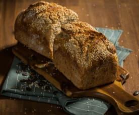 Pão de espelta com sementes de abóbora