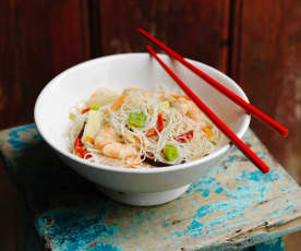 Fideos chinos con langostinos - China