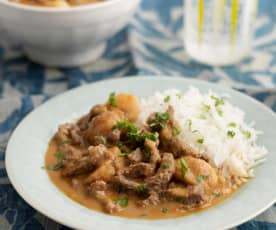 Quick massaman beef curry