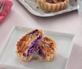 Miniquiches de lombarda con queso de cabra