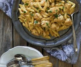 Creamy chicken and sun-dried tomato pasta