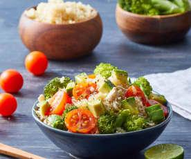 Ensalada de pollo con quinoa