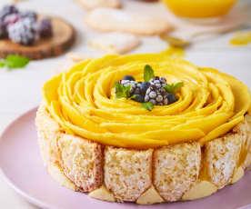 Carlota de mango y queso