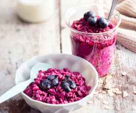 Baby-friendly Apple, Beetroot and Blackberry Overnight Oats