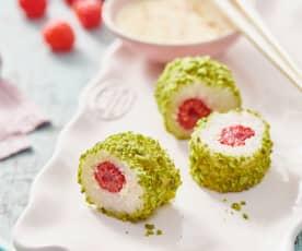 Himbeer-Maki mit Sweet-Chili-Dip