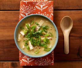 Zuppa di uova e tofu