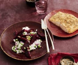 Erbsen-Reis-Salat mit Rote Bete und Koriander-Lachs