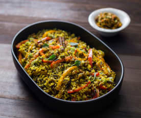 Carrot, capsicum and pistachio pilaf