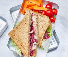 Vollkorn-Sandwiches mit Sellerie-Flusskrebs-Salat