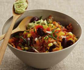 Mexikanischer Salat mit Avocado-Dressing