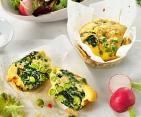 Eimuffins met spinazie en erwten
